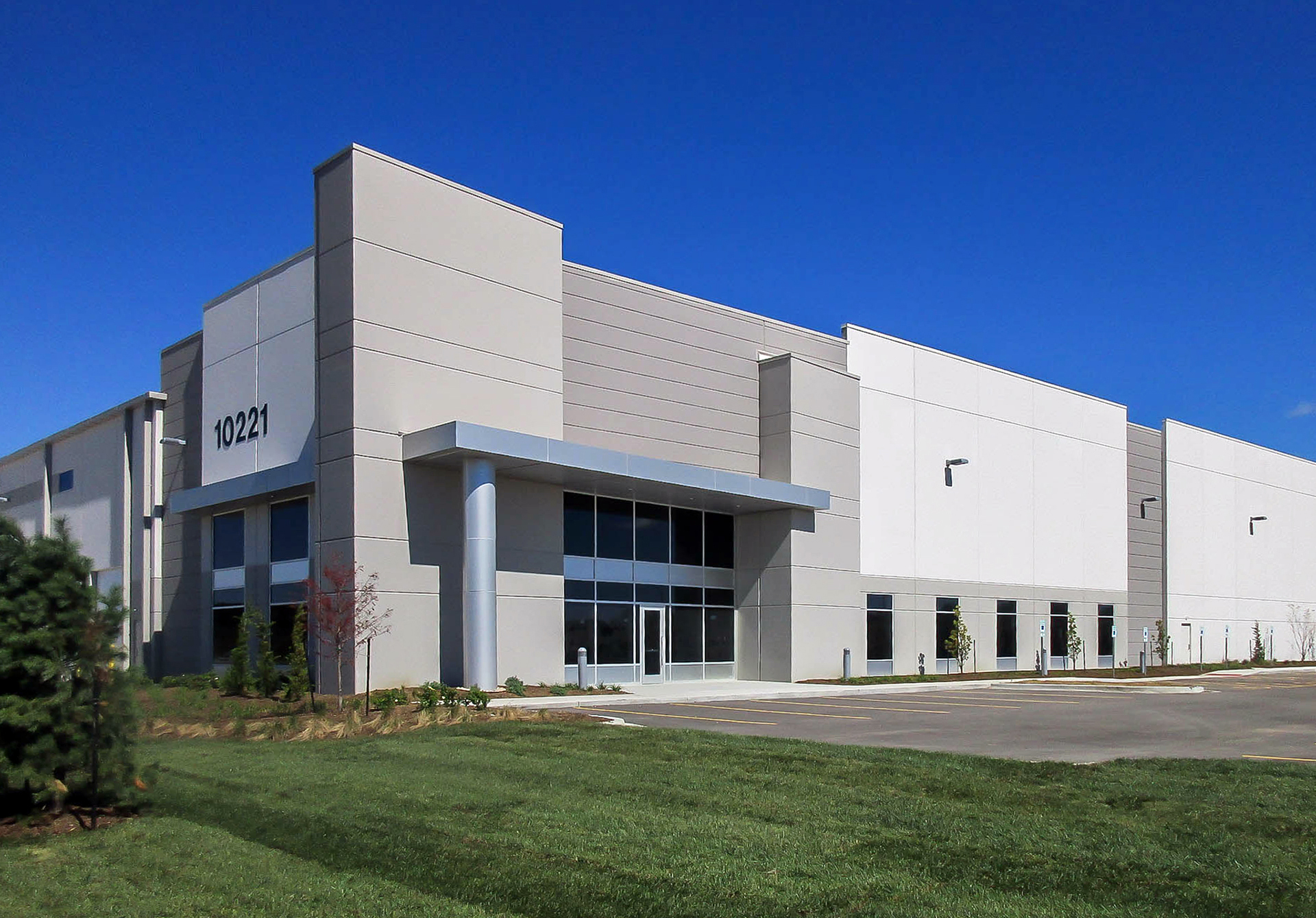 BMS Logistics Leases 432,000 SF at KCI Intermodal BusinessCentre
