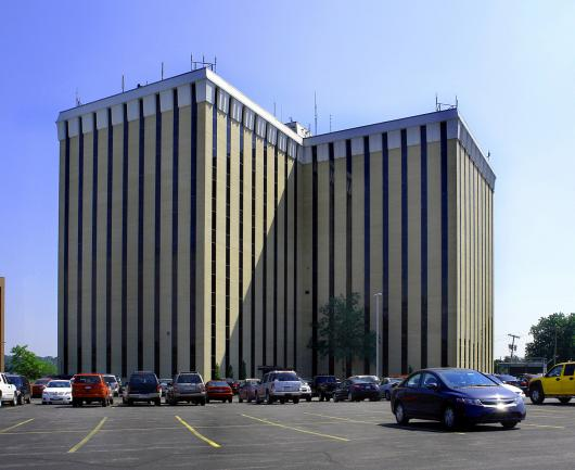 Newmark Grubb Zimmer Commercial Real Estate Firm Completes Sale of Prominent Johnson County Office Tower