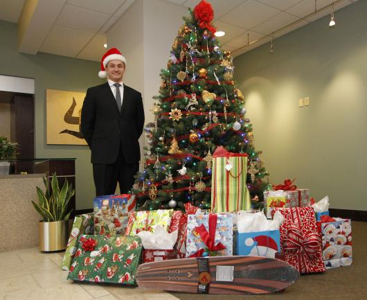 Newmark Grubb Zimmer Commercial Real Estate Firm Spreads Holiday Cheer to Family in Need